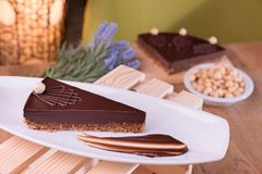Dolce di cioccolato belga casalingo - glutine liberamente immagine stock libera da diritti