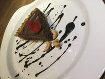 Dolce di cioccolato crudo Torta della mousse fotografia stock