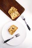 Dolce di pepita di cioccolato sul piatto bianco Fotografie Stock Libere da Diritti