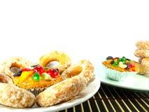 Dolce e Sugar Donut della frutta immagine stock libera da diritti