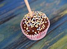 DOLCE POP - mini dolce su un bastone, fine su Fotografia Stock Libera da Diritti