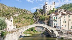 Dolceacqua中世纪城堡 免版税库存照片