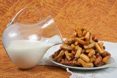 Dolcezza e latte Immagine Stock