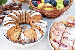 Dolci dolci, biscotti, dessert, crostata casalinga della torta della fragola Agglutini, alimento al forno dolce della pasticceria Fotografia Stock Libera da Diritti