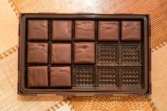 Dolci del cioccolato in scatola Fotografia Stock Libera da Diritti