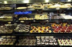 Dolci della tazza, torte Immagini Stock Libere da Diritti