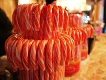 Dolci rossi della caramella di chistmas di festa fotografia stock
