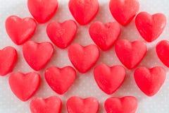 Dolci rossi di Candy del cuore di giorno di biglietti di S. Valentino Immagine Stock Libera da Diritti