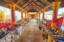 Dold marknad av gästgivargården Thein, Inle sjö, Myanmar Royaltyfri Fotografi
