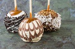 Dolda äpplen för choklad eller för karamell Royaltyfri Fotografi