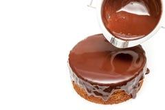 Dolewania czekoladowy ganache tortowy funt Obraz Stock
