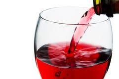 Dolewania czerwone wino w szkło Obraz Stock