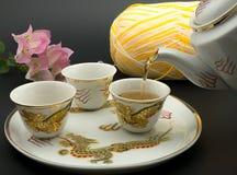dolewanie herbata Fotografia Royalty Free