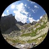 Dolina del studena de Mala - valle en alto Tatras, Eslovaquia Foto de archivo
