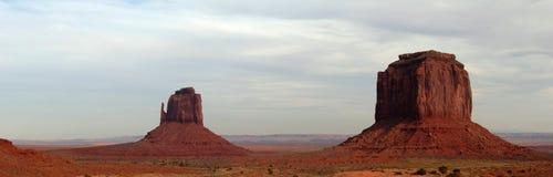 Dolina pomnikowy krajobraz Zdjęcia Stock