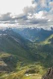 Dolina przy Norweskim fjord w lecie Fotografia Stock