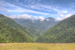 Dolina w Tayrona parku narodowym widzieć od Ciudad Perdida magistrali te Fotografia Royalty Free