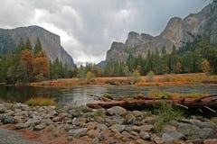 dolinny Yosemite obrazy stock