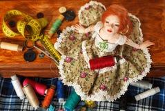 Doll en draad royalty-vrije stock foto