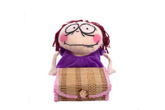 Doll en kist Stock Fotografie