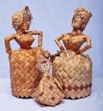 Doll is hand - van berkeschors wordt gemaakt die Royalty-vrije Stock Afbeeldingen