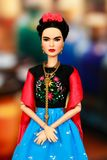 Doll van Barbie Inspiring Women Series Frida Kahlo Royalty-vrije Stock Foto's