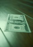 Dollar auf dem Boden Stockfotos