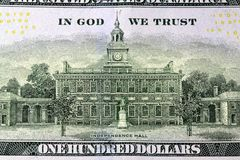 Dollar Bill Backside för USA-valuta hundra Royaltyfri Foto