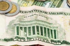 Dollar Bill Coins för pengareuro fem Royaltyfri Fotografi
