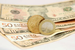 Dollar contre l'euro Photographie stock libre de droits