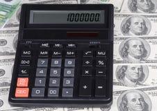 Dollar, euro bankbiljet en calculator Royalty-vrije Stock Afbeeldingen