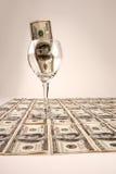 dollar hundra för 100 bills Arkivbild