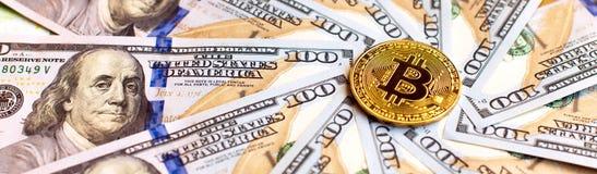 Dollar och bicone som ett abstrakt symbol av den växande rollen av royaltyfri foto