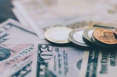Dollar und Euro Stockfoto