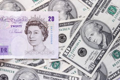 Dollar und Pounds Stockfoto