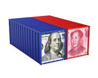 Dollar Vereinigter Staaten und Chinese Yuan Cargo Container Isolated Handelskonflikt-Konzept Stockfotografie