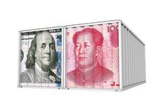 Dollar Vereinigter Staaten und Chinese Yuan Cargo Container Isolated Handelskonflikt-Konzept Lizenzfreie Stockbilder