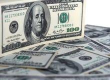 Dollarbanknote-Geldhintergrund Stockfotografie
