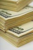 Dollarbanknoten-Geldhintergrund Stockfotos