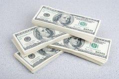 Dollarbanknoten-Geldhintergrund lizenzfreie stockfotos