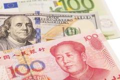 Dollari americani, euro e fatture cinesi europee di yuan Fotografie Stock Libere da Diritti
