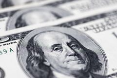 Dollari di concetto del primo piano Dollari americani di denaro contante Cento banconote del dollaro Fotografie Stock