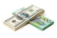 Dollarpengarräkningar Bunt australier royaltyfri foto