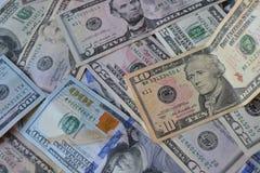 Dollarpengarsedlar amerikansk valuta isolerad fjärdedelwhite 5000 roubles för modell för bakgrundsbillspengar Förenta staternadol Royaltyfri Fotografi
