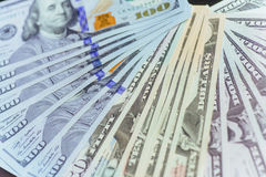 Dollars américains Cent billets de banque du dollar, 100 Image stock