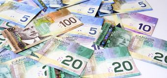 Dollars canadiens d'argent Photos libres de droits