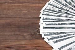 Dollars de Ð d'urrency de ¡ sur le Tableau en bois Photo stock