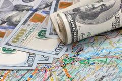 Dollars sur une carte géographique de l'Ukraine Photos libres de droits