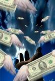 Dollars tijdens de vlucht Stock Fotografie