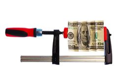 Dollarschein klemmte in der Rohrschelle Stockfoto